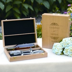 Engraved Wooden Wine Ceremony Set Box image