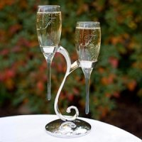 Raindrop Toasting Flutes with Swirl Stand