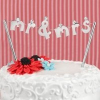 Mr. and Mrs. Banner Cake Pick