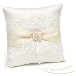 Splendid Elegance Ring Pillow image