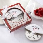 'Slice of Love' Pizza Cutter Wedding Favors