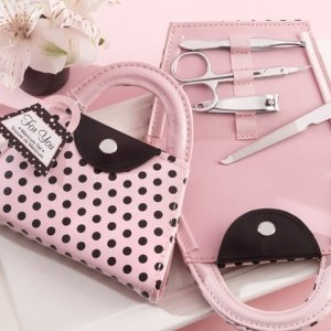 Manicure Favor Set in Pink Polka Dot Purse image