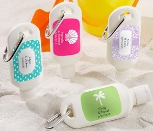 'Fun in the Sun' Personalized Mini Sunscreen Bottles image