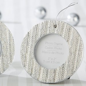 Cable Knit Ornament Place Card Holder image