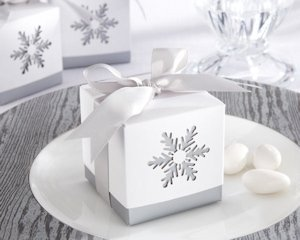Laser-Cut Snowflake Favor Boxes (Set of 24) image