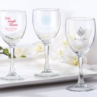 Personalized Wine Glass Wedding Favors (8.5 Ounce)