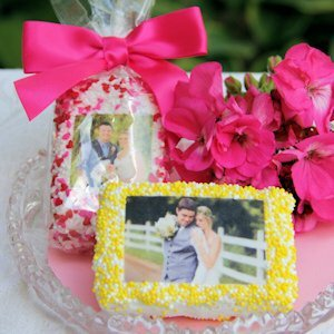 Photo Rice Krispie Bar Wedding Favors image