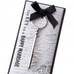 Love Key Favor with Gift Packaging