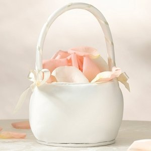Ivory Simplicity Round Flower Basket image