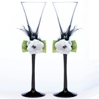 Green & Black Toasting Flutes