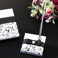 Black & White Vines Pen Set