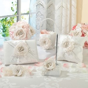 Chic & Shabby Collection image