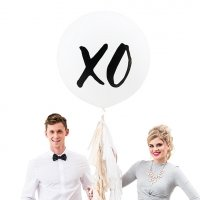 XO Design Large White Round Wedding Balloons