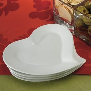 Heart Shaped Ceramic Plates (Set of 4) image & Heart Shaped Ceramic Plates (Set of 4)