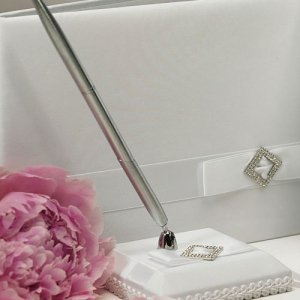 White Simple Elegance Satin Wrapped Pen Set image