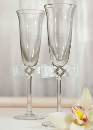 White Simple Elegance Toasting Set image