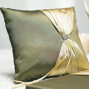 Thymeless Green Square Ring Bearer Pillow image