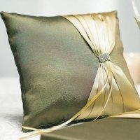 Thymeless Green Square Ring Bearer Pillow