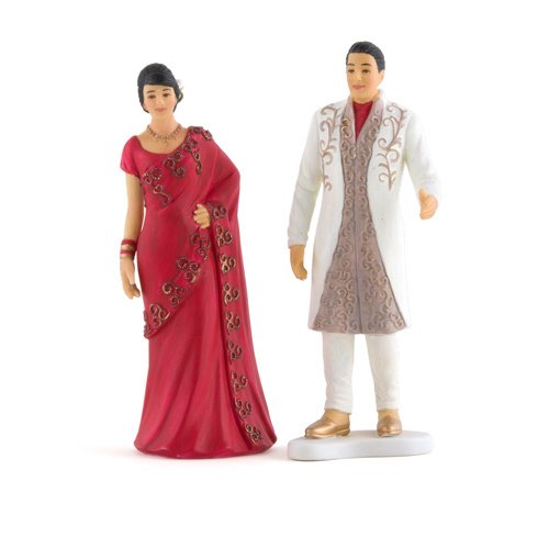 Traditional Wedding Gifts From Groom To Bride: Indian Bride & Groom In Traditional Dress Cake Topper