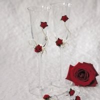 Romantic Red Toasting Flute Set