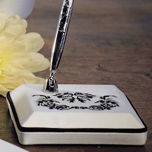 Love Bird Damask Pen Set image