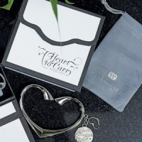 'A Heart to Carry' Personalized Purse Valet with Gift Box