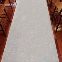 Scattered Hearts White Aisle Runner