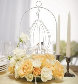 Ornamental Tear Drop Design Wire Suspended Centerpiece image