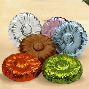 Milk Chocolate Flowers (Case of 250) image